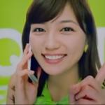 川口春奈にキュン!QTMobileのCMでキューティな緑色の衣装でダンス!